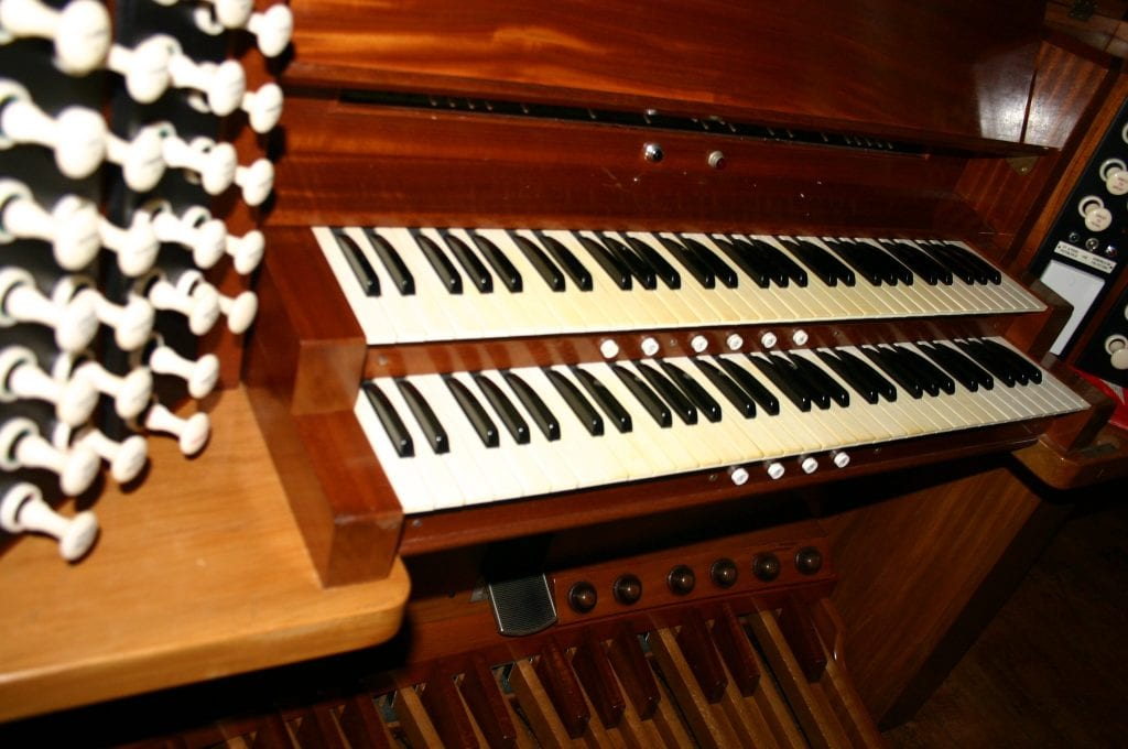 St Andrews Epsom-console keys
