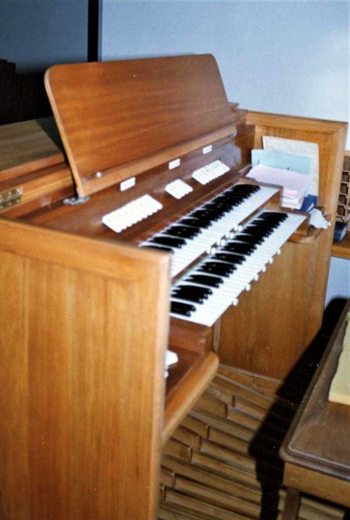 St Andrews Geraldine-console