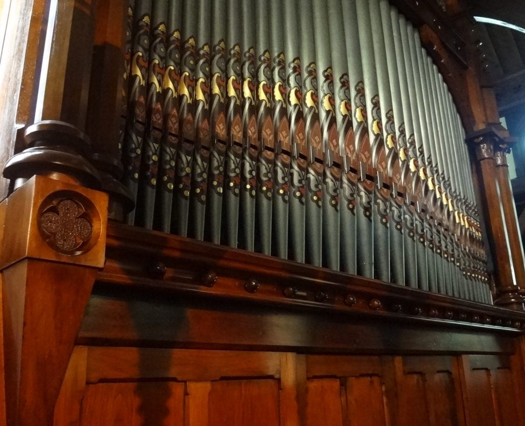 St Michaels AA Chch-front pipes2