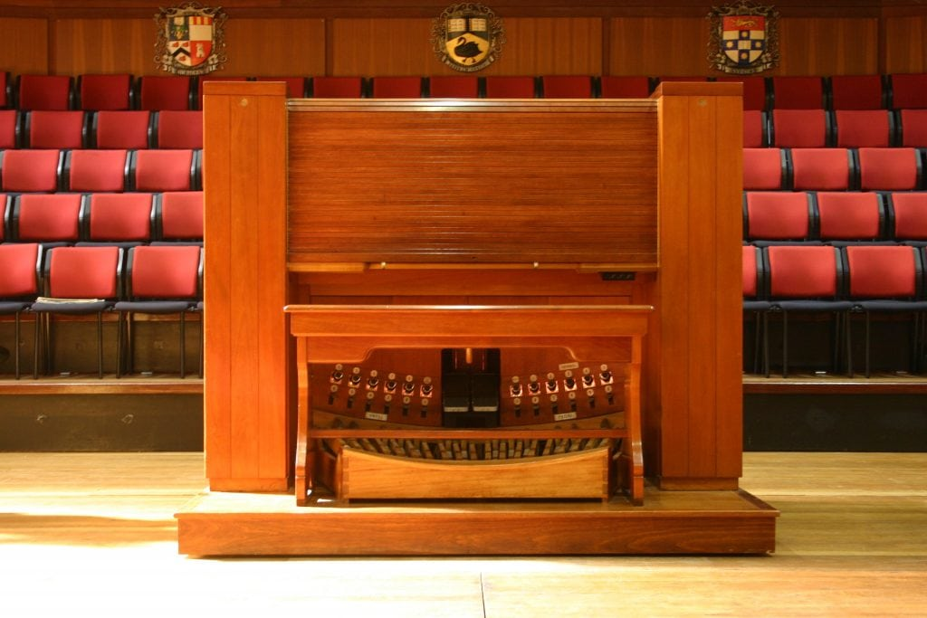 Winthrop Hall-closed console2